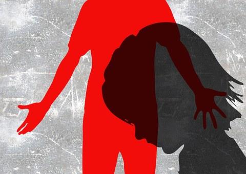Почему во Франции закон запрещает шлепки и любую форму воспитательного насилия
