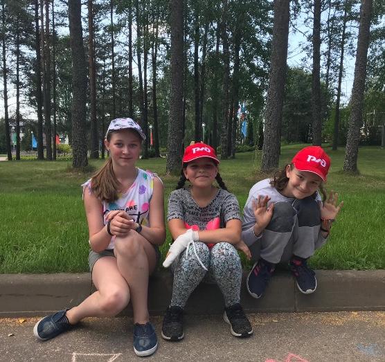 Лето 2020 в детском лагере Зеркальный (Санкт-Петербург) для ребят из Франции